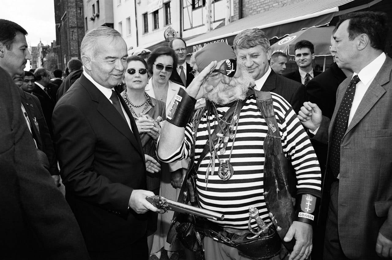 Tasodifiy uchrashuv. Islom Karimov Polsha ko'chalarida (FOTO)