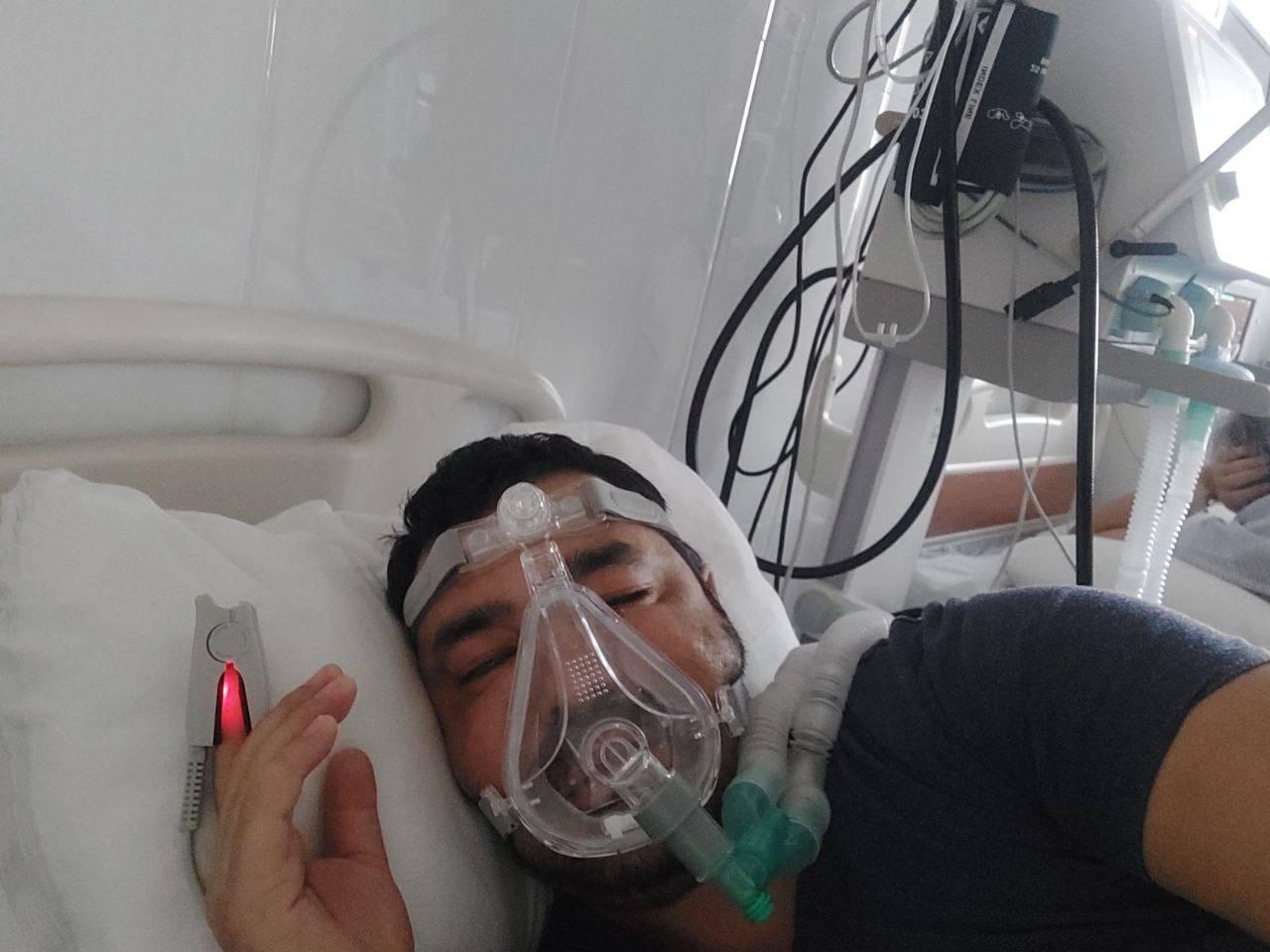 Хонанда Ўктам Камолов икки томонлама пневмонияга чалинган. Аҳволи оғир (ФОТО)