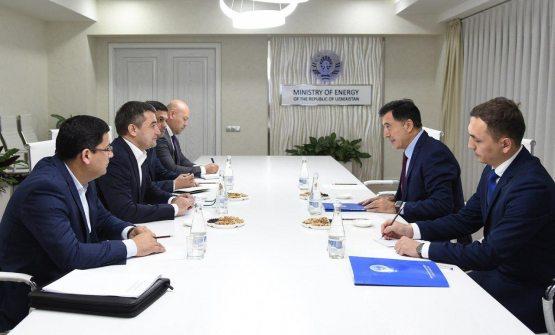 Алишер Султанов встретился с Генеральным секретарем ШОС Владимиром Норовым