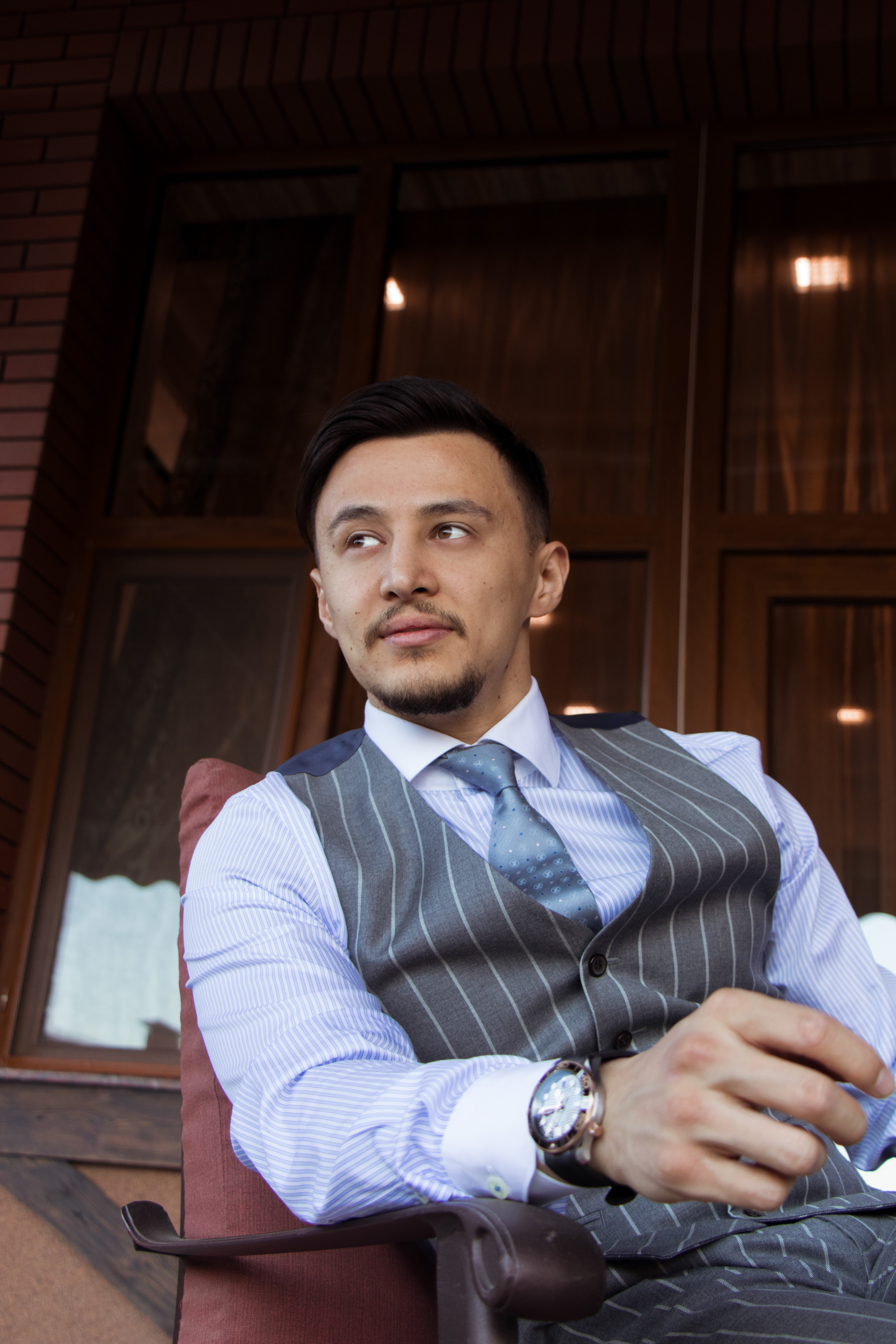 Shokhrullo Abdullaev —— Singer